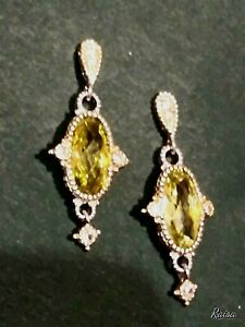 DANGLING EARRINGS WITH АPPLE-GREEN STONE, SS WITH GOLD FILLED
