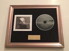 FIRMADO/autografiada John Legend - Darkness and Light Armazón CD presentation.