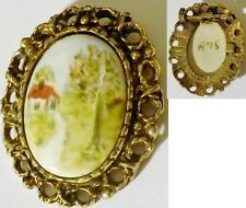 broche ancien bijou vintage couleur vieil or camée porcelaine peint paysage 2471