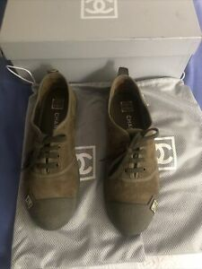 Chanel Chaussures baskets femme Chanel 38