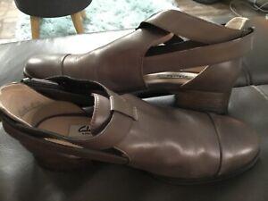 Clark's Narrative brown shoes Size UK 5