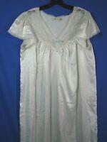 BARBIZON Vintage WHITE SILKY NIGHTGOWN Lace Trim BLUE RIBBON Frilly Granny SZ L