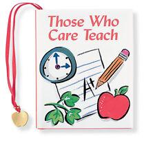 Ces Who Care Enseigner Petite Livre Par Sarah M Hupp 80 Pages Avec Breloque