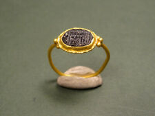 Roman Gold & Glass Ring Temple Image 100-300 Ad