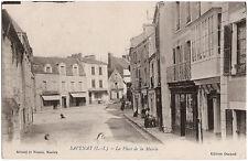 SAVENAY (44) - La Place de la Mairie