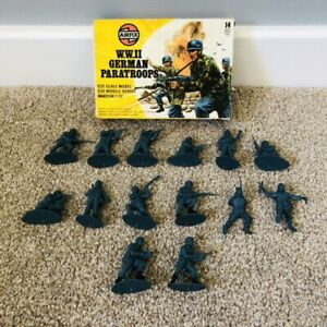 Vintage 1977 Airfix 51567-6 WWII German Paratroops Boxed Military COMPLETE Rare