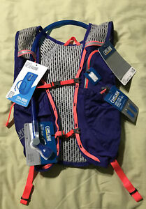 Camelbak Womens Circuit Hydration Vest 1.5 L- Purple- NWT