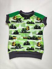 T-Shirt, grün mit Traktor, Frontlader Strohballen