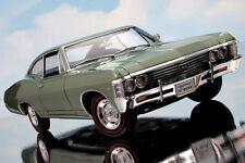 Superbe miniature US 1/18 1967 Chevrolet Impala SS verte