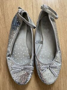 Girls Silver Party Shoes - Size 4