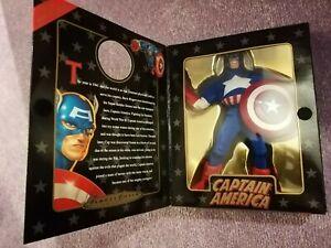 VG. Boxed (1998) MARVEL FAMOUS COVERS : CAPTAIN America figure. Toybiz