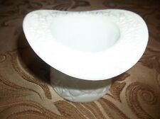 "Fenton: White Milk Glass - 3.5"" X 4.5"" TOP HAT VASE  130402021"