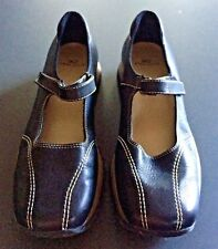 Anne Klein AK2 Black Leather Stitched Wedge Mary Janes Sneakers Size 8 M EUC