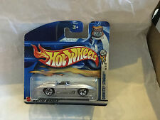 Hot Wheels 2003 Corvette Stingray 3/42 nouveau new neuf dans sa boîte short card