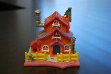 Polly Pocket Village 5 Houses with 6 Figures Good Condition