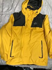North Face Mountain Gortex Yellow Jacket Style. PrimaLoft Medium