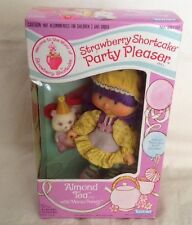 Vintage Strawberry Shortcake Almond Tea Party Pleaser Doll Pet Box SEALED Kenner