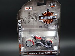 1958 58 FLH DUO GLIDE HARLEY DAVIDSON MOTORCYCLE H-D 1:24 SCALE DIORAMA MODEL