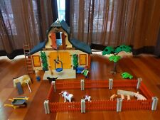 Playmobil Farm 3072 Vintage Barn With Animals & Accessories plus manual.