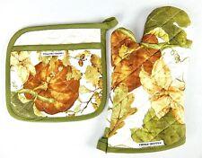 Williams Sonoma Oven Mitt and Potholder Set Autumn Botanical Acorns Pumpkins