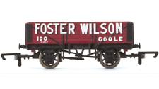 Hornby R6748 5 Plank Wagon Foster Wilson OO Gauge