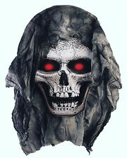 Hanging Skull Head With Gauze Prop