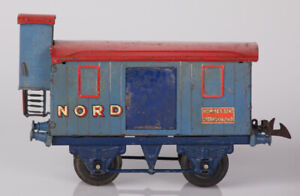 French Hornby O Gauge NORD Horse Wagon with Brakeman's Hut and Gold Decals