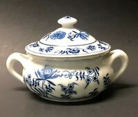 Blue Danube Covered Soup Bowl w/Lid Double Handle Blue White Cream Soups Japan