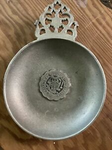 Small pewter Williams College Williamsburg Style dish