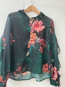 Ladies guess top blouse small size 8 green XS floral sheer