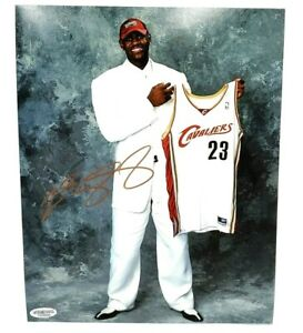 Lebron James Cavaliers Hand Signed Autographed 8x10 Cavs Draft Photo With COA