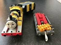 Tomy Plarail Thomas & Friends Series James Busy Bee Trackmaster Collection Toys
