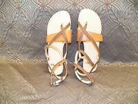 New Womens TSUBO Brenleigh Caviar Grey Beige Buckle Leather Strappy Flat Sandals