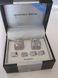 Geoffrey Beene Cufflnks and Studs with Crystal Accents