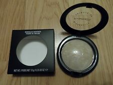 MAC MINERALIZE SKINFINISH * LIGHTSCAPADE * SOFT BEIGE W/ SHIMMER 10g / .35oz F/S
