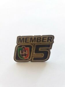 2005 Freo FREMANTLE DOCKERS FOOTBALL CLUB MEMBER BADGE / PIN AFL Collectable