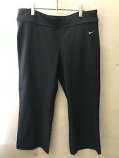 Womens black capri yoga pants Nike size L 12-14 Fit Dry