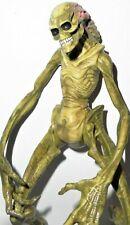 aliens vs predator kenner toys 7 inch NEWBORN HUMAN HYBRID complete hasbro neca