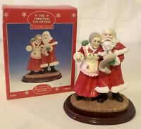 Vintage The Christmas Collection Claus Family Caroling Polystone Figure