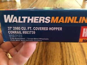 "Walthers HO ""Mainline"" 37' covered cement hopper rtr ""conrail"""
