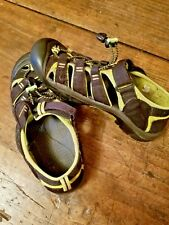 Keen Boys Shoes Sandals Youth Size 5 Waterproof PLEASE READ
