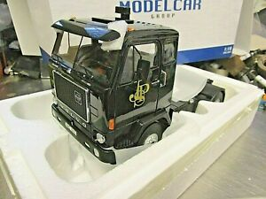 VOLVO F88 JPS 1977 John Player Special F1 Team Lotus LKW Truck Camion MCG 1:18