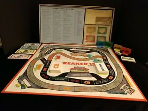 Vintage Breaker 19 The CB Truckers Game 1976 Milton Bradley-Complete
