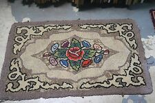 """Primitive Antique American Hand Made Hooked Rug Wool on Burlap - 27"""" x 46"""""""