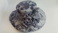 Vtg Womens Beautiful Wide Brim Hat Fancy Netting Velvet Gray Lavender Flowers