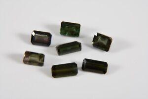 a70o16- 7x Turmalin grün, rechteckiger Schliff zus. ca. 8,58ct.