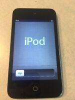 Apple iPod Touch 4th Generation Black (32 GB) GREAT SHAPE BIG BUNDLE      #D23-1