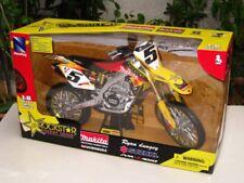 New Ray 1/6 Motocross 2010 ROCKSTAR MAKITA SUZUKI RM-Z450 # 5 Ryan Dungey