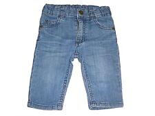 H & M tolle Jeans Hose Gr. 62 mit Drachenstickereien auf den hinteren Taschen !!