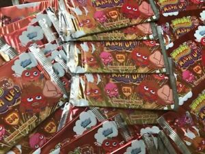 TOPPS TRADING CARDS MOSHI MASH UP X 200 SEALED PACKETS